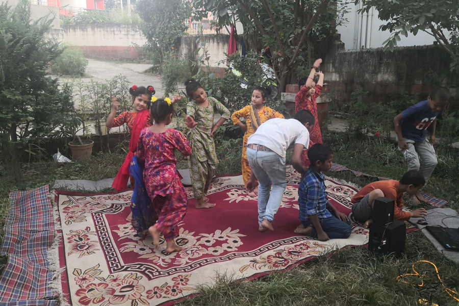 children-dancing-during-dashain-nepal