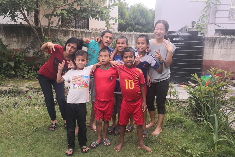 Volunteer Work in Nepal, Kathmandu – Tutoring Children